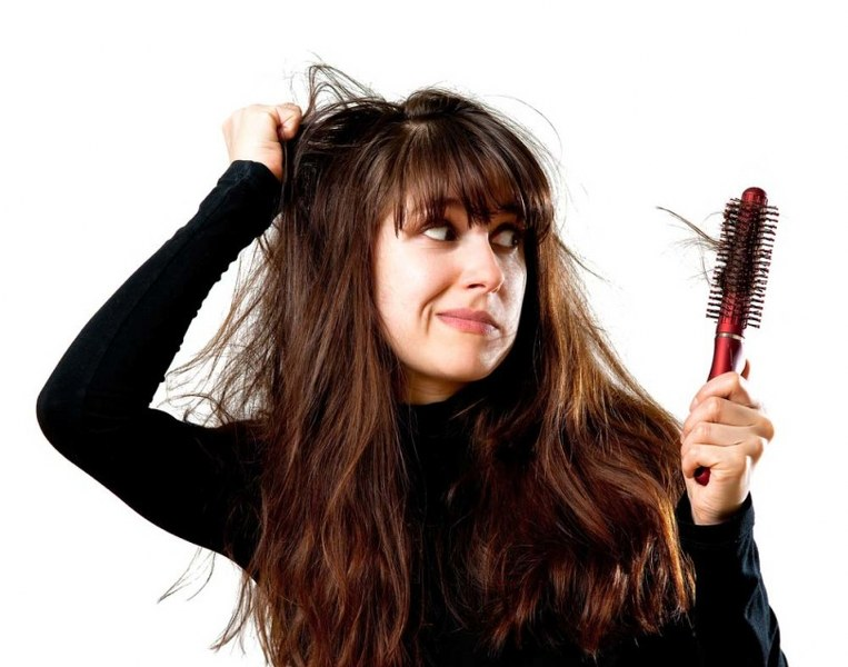 caduta-capelli-donne_